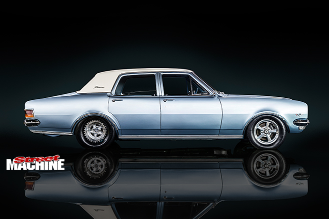 Holden HG side