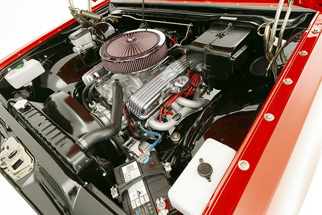 Holden HK Monaro engine bay
