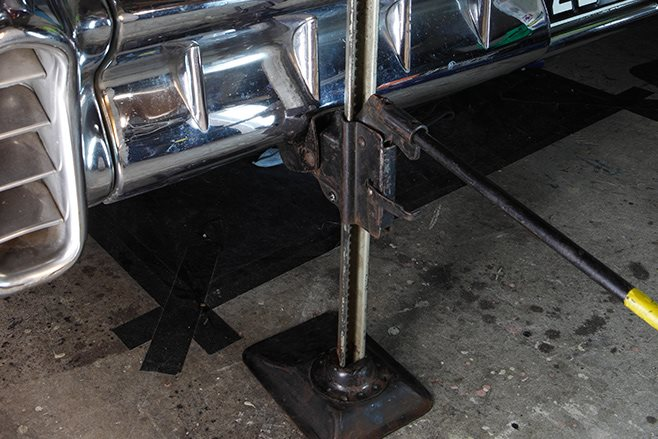 factory style bumper bar jack