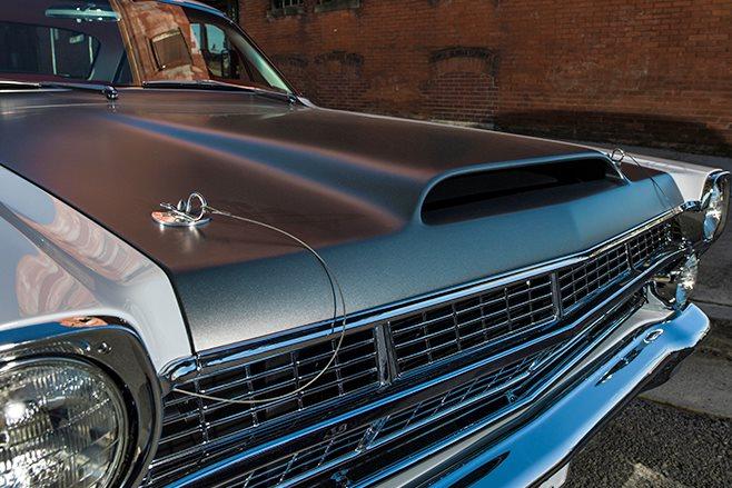Ford Fairlane bonnet