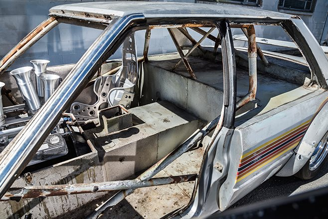 Tube Chassis XE Falcon inside