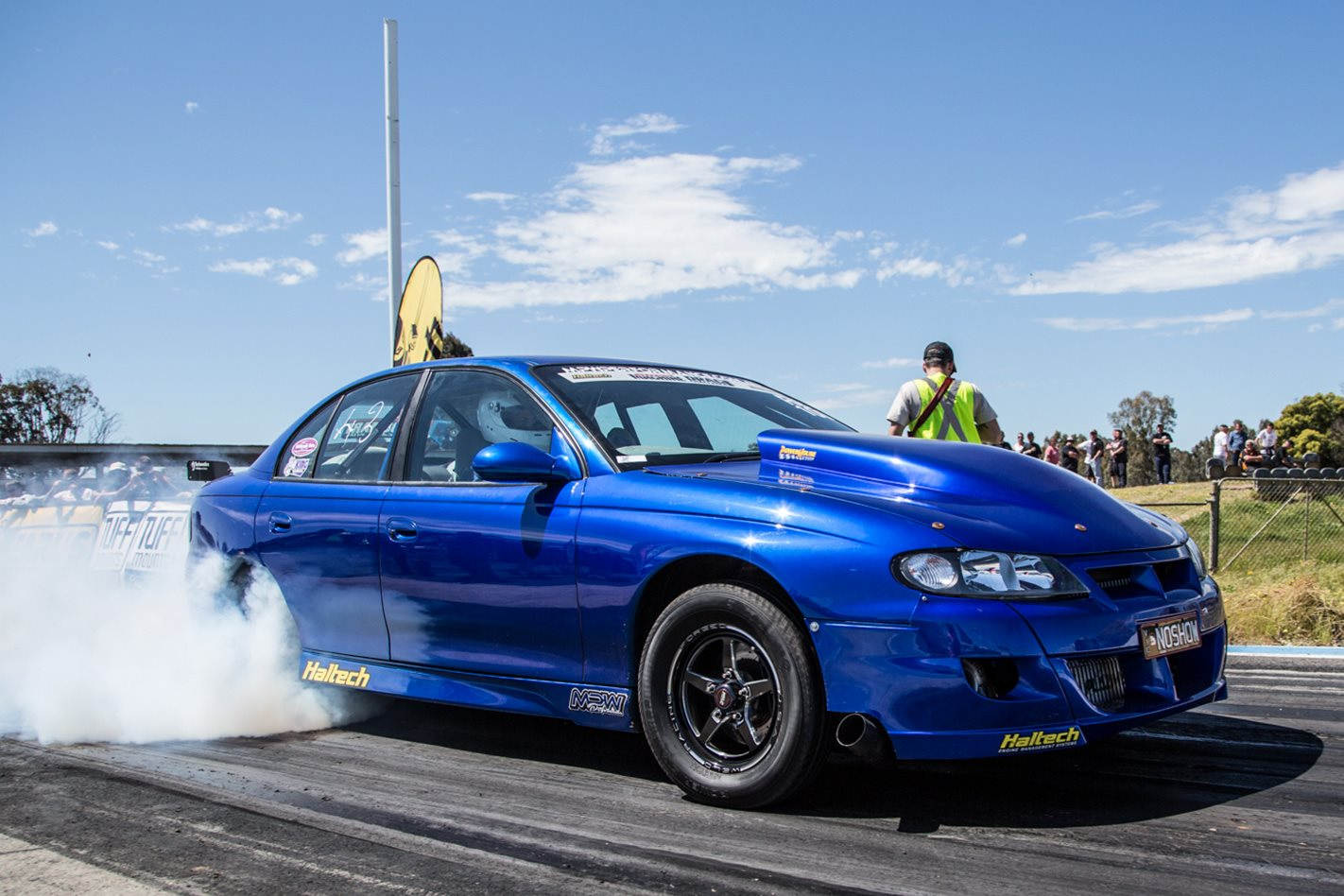 Drag Challenge Radial Blown