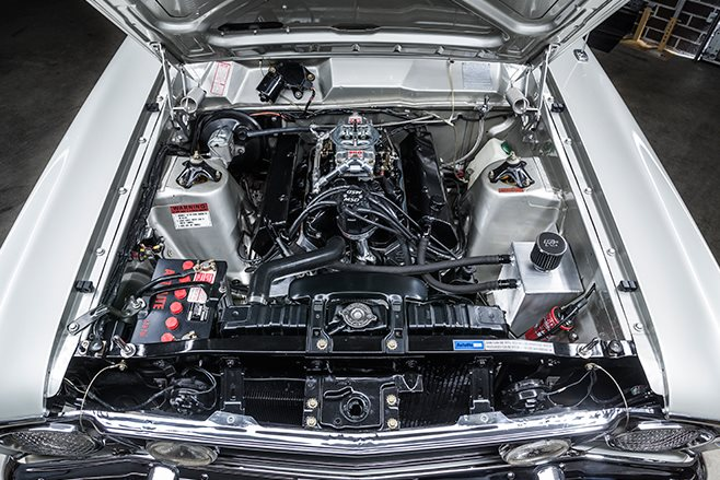 Ford Falcon XW GT engine bay