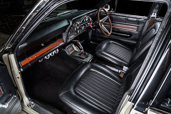 Ford Falcon XW GT interior front