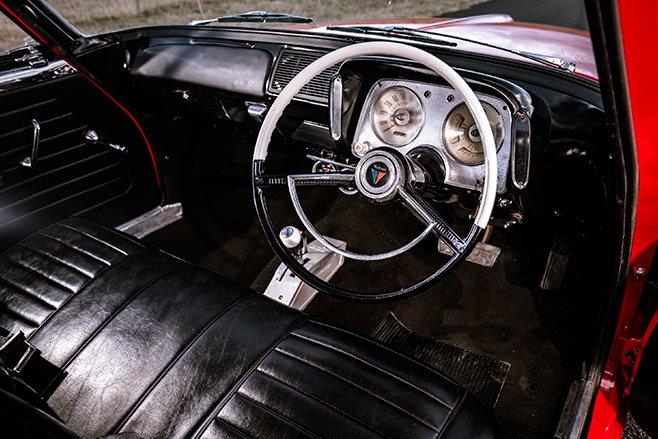 Chrysler S Series Valiant interior front