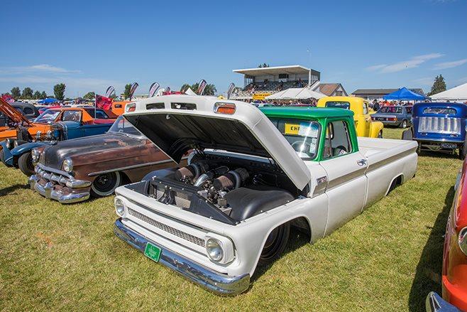 Jack Rainbow Chevy C10