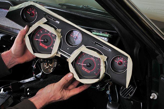 HOW TO INSTALL A DIGITAL DASH INTO A CLASSIC CAR   DIGITAL DASH