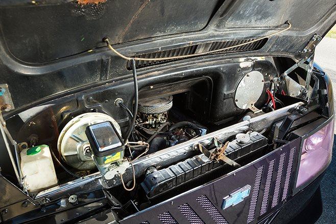 Bedford van engine
