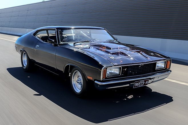 Ford XC Falcon onroad