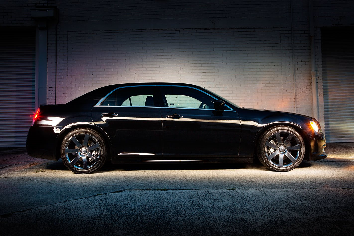 chrysler 300 side view chrysler 300c 300 srt8 project car buyer's guide street machine  at gsmx.co