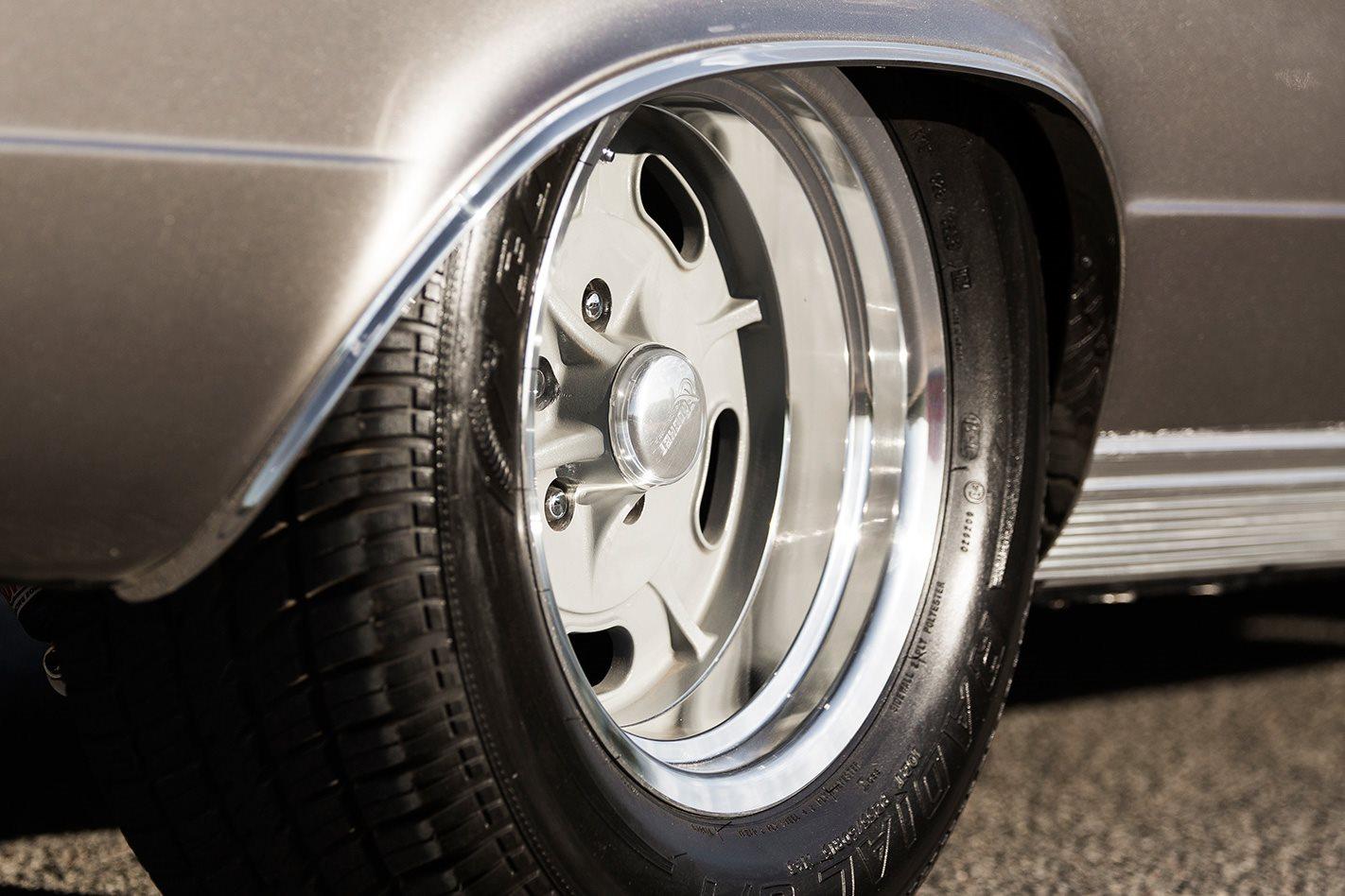 1966 PLYMOUTH BARRACUDA wheels