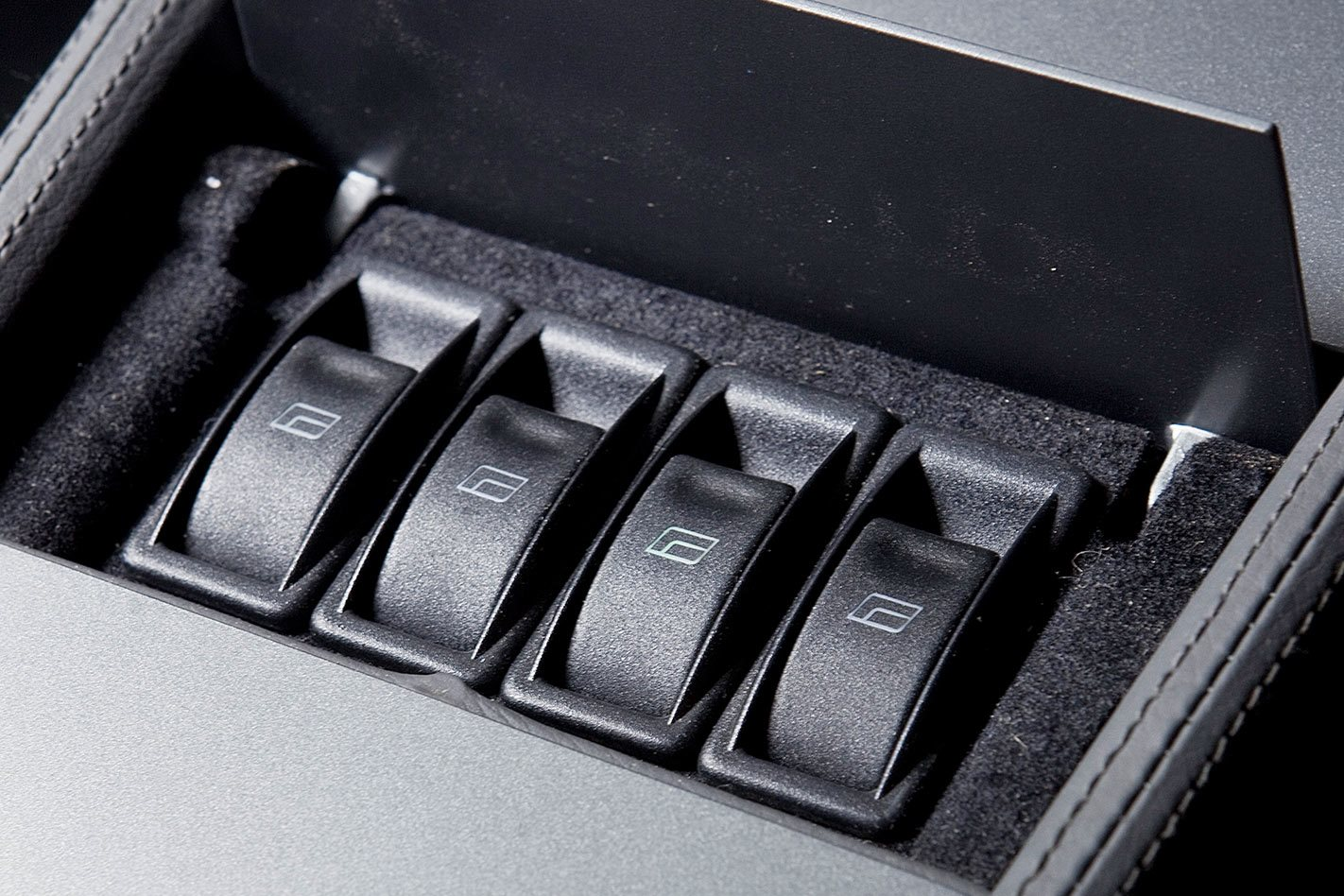 Holden HT Monaro window switches