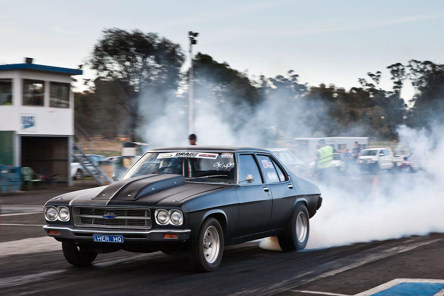 Holden HQ Drag Challenge