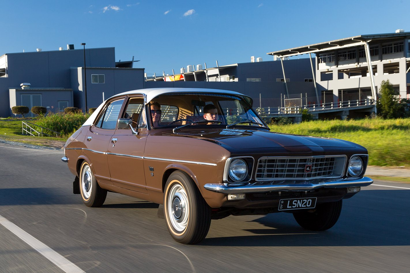 Holden LJ Torana onroad