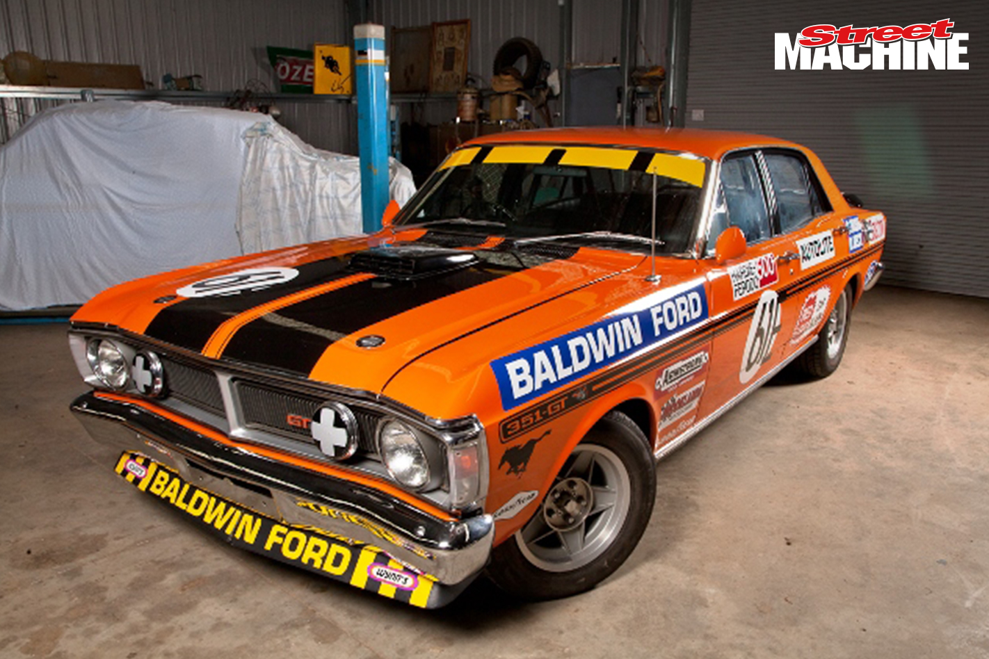 monaro gts and falcon gtho phase iii bathurst racers up. Black Bedroom Furniture Sets. Home Design Ideas