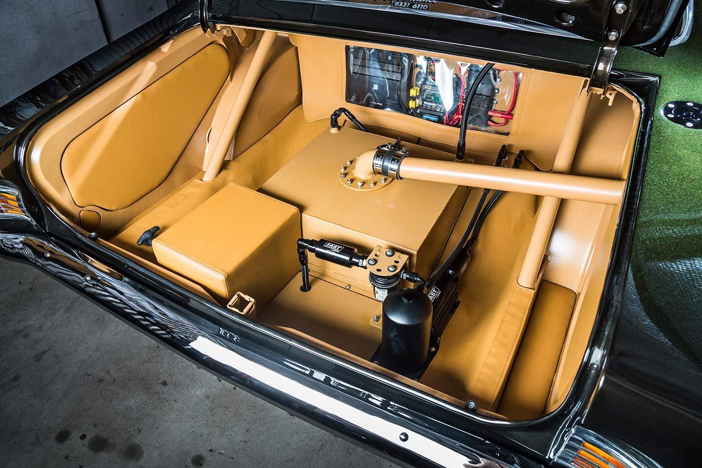 Holden HK Monaro boot