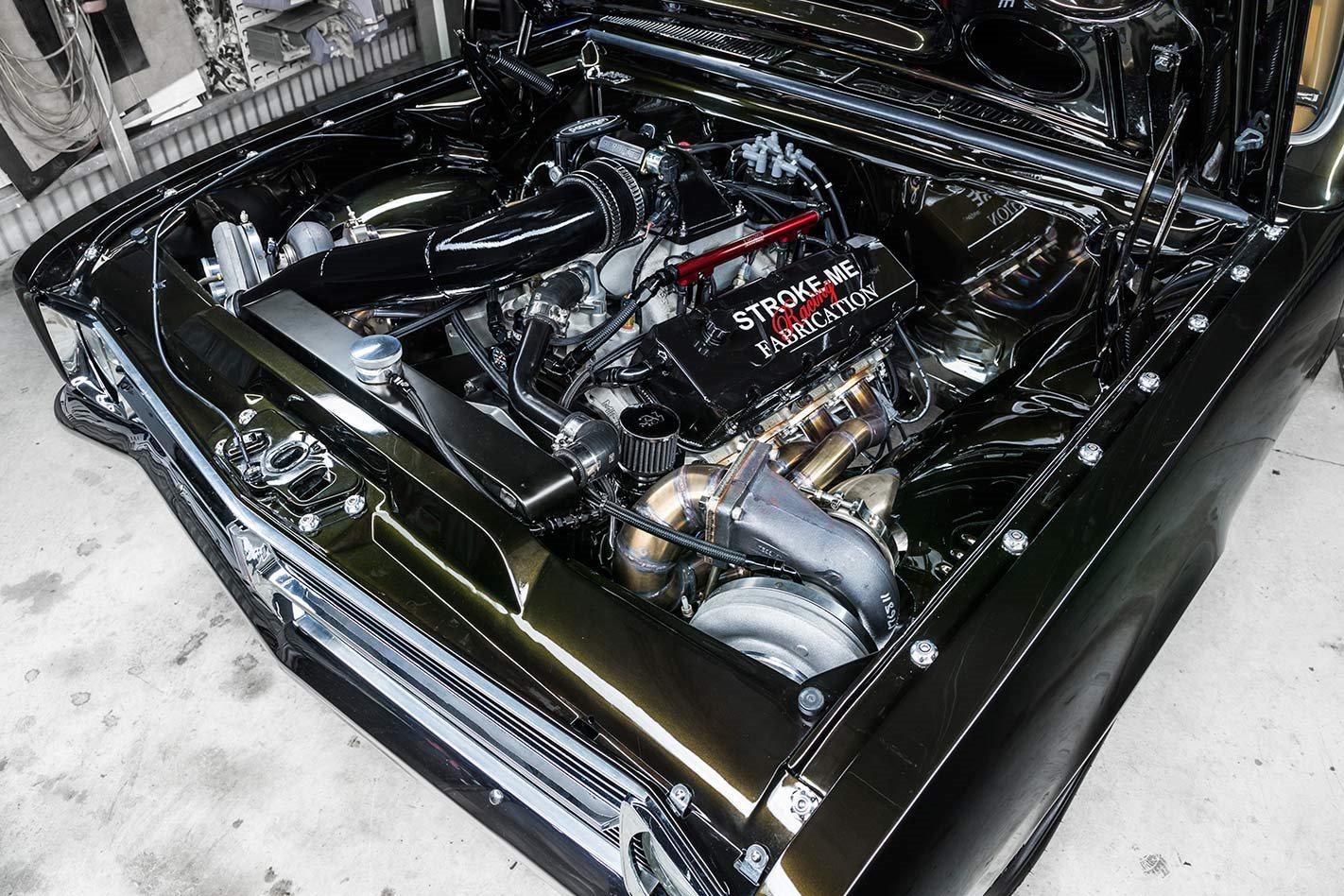 Holden HK Molnaro engine bay