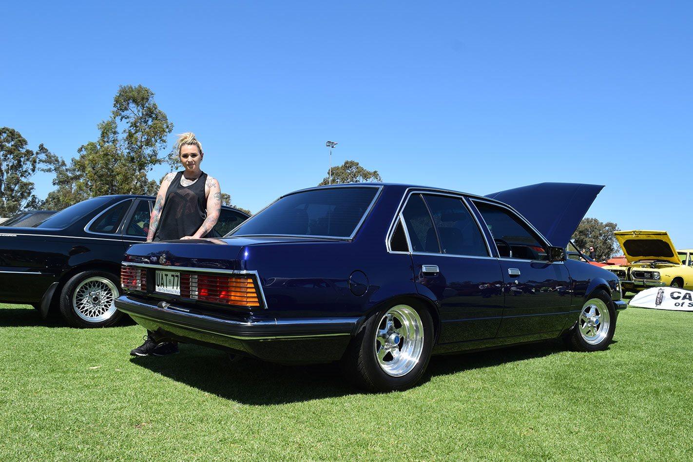 Holden VH SL/E