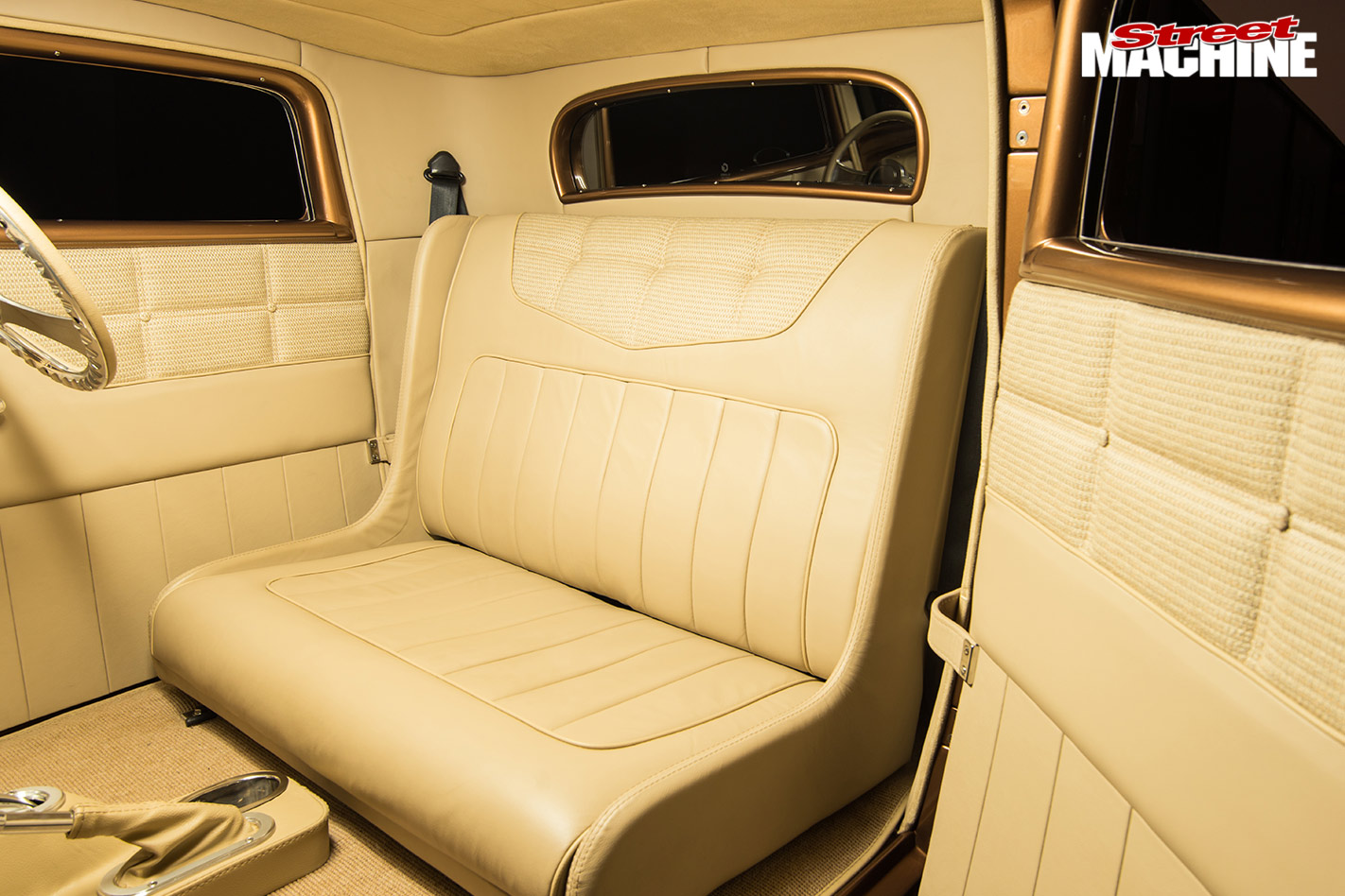 Ford 32 coupe interior