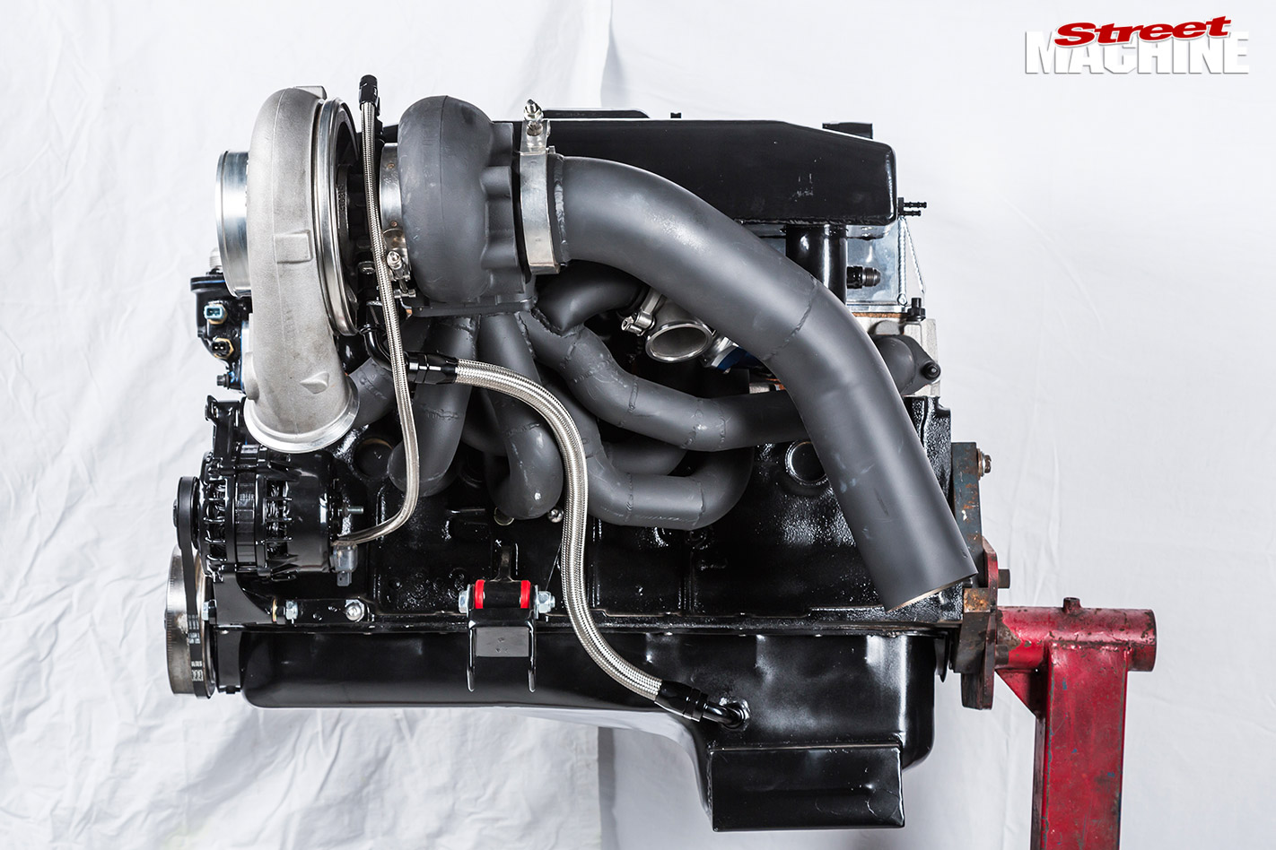 Holden LC GTR motor