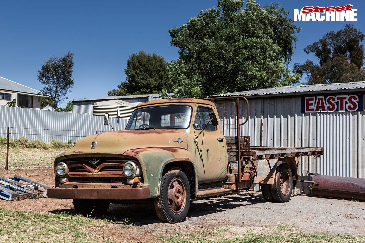 1955 F500 truck