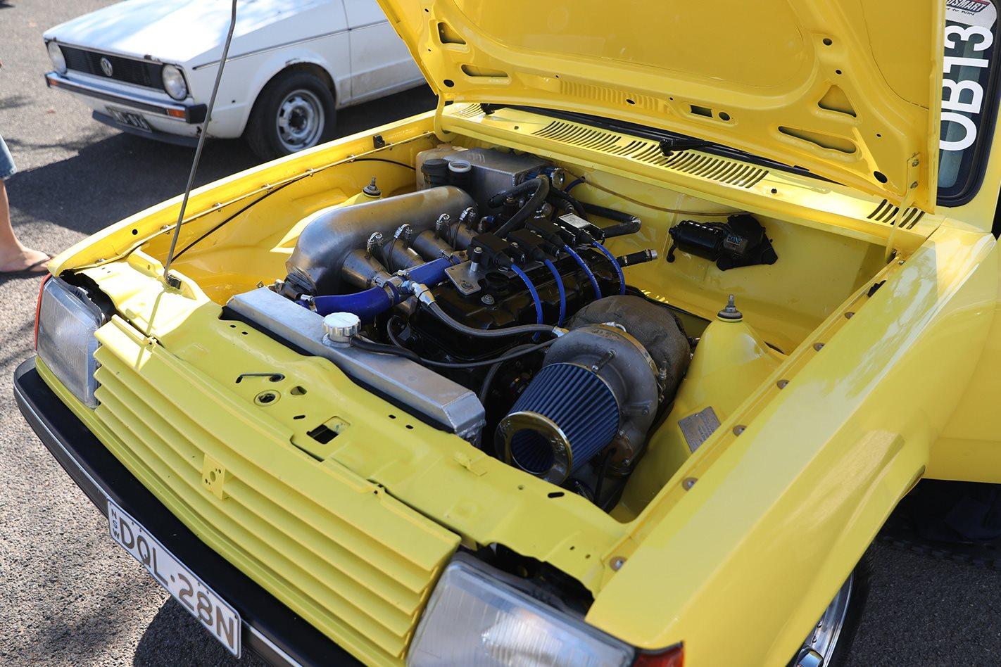 DRAG CHALLENGE 800HP TURBOCHARGED HOLDEN GEMINI