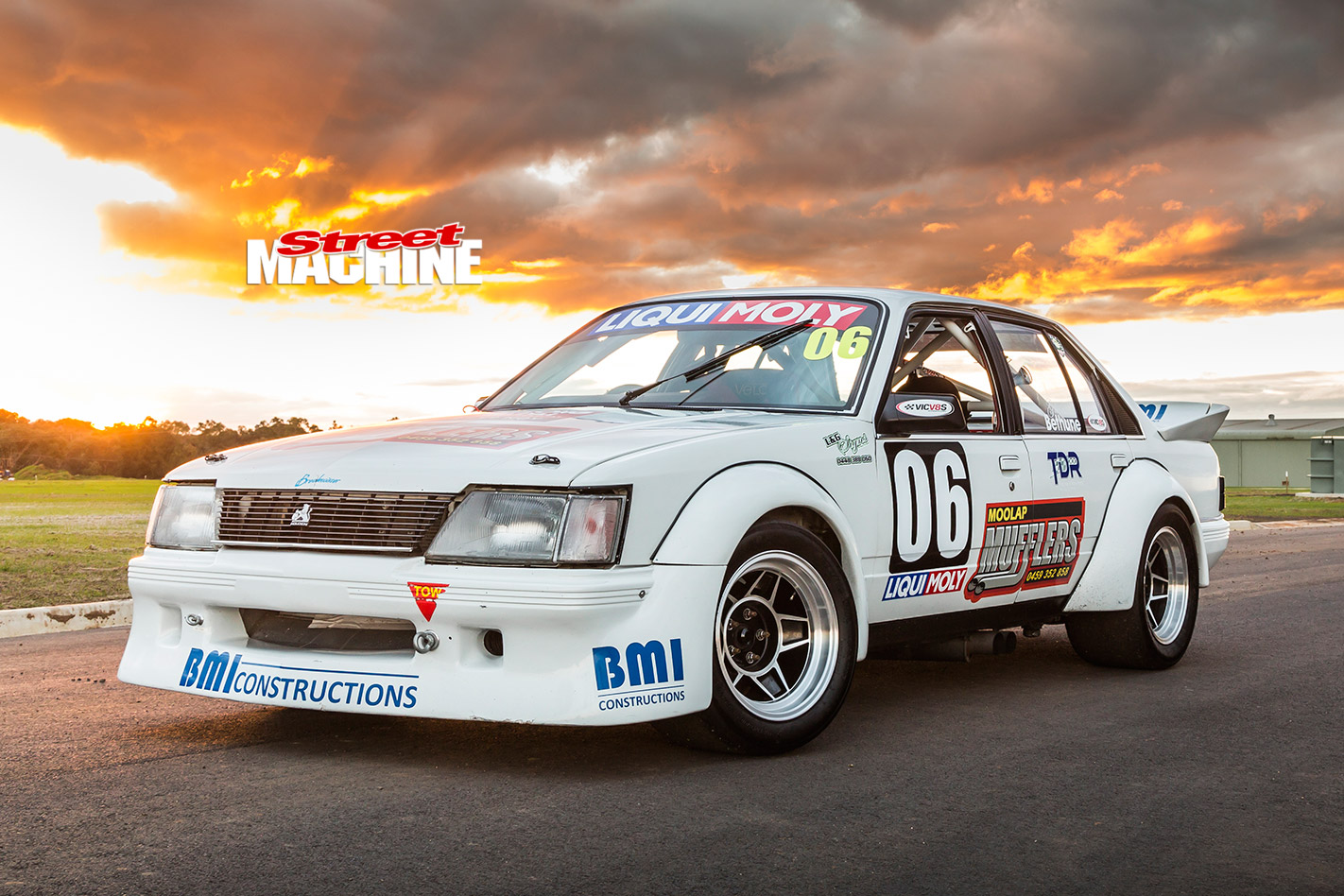ls powered  holden commodore vh racer
