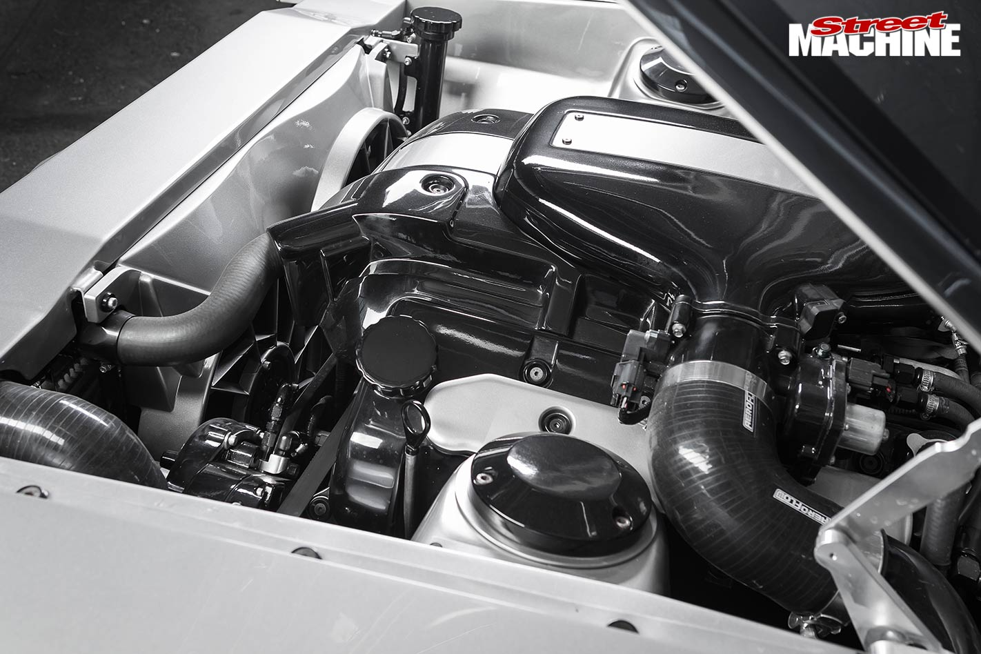 Ford XY Falcon engine