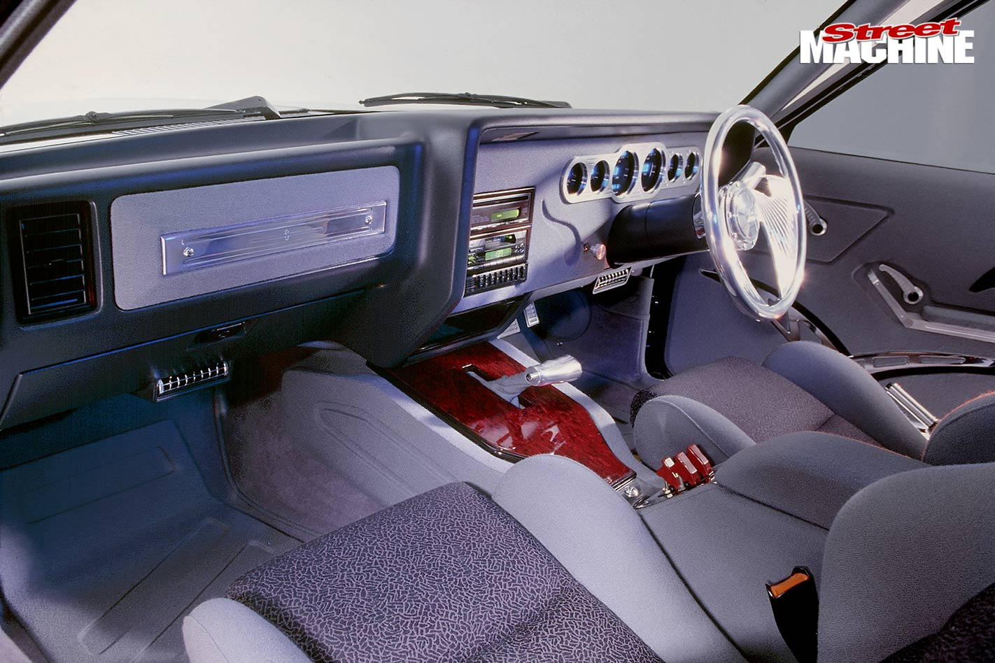 Holden HJ sedan interior front