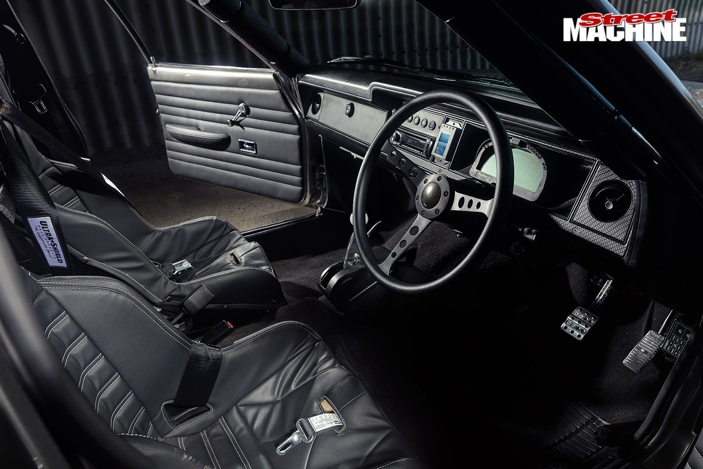 Ford Cortina interior front