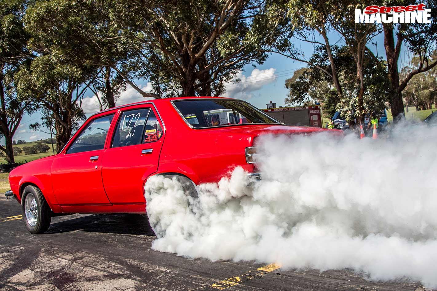 Holden Torana casterton street drags