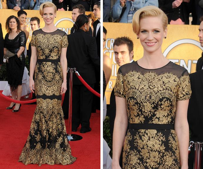 Talk about Hollywood glamour! January Jones looked gorgeous in this black and gold lace Carolina Herrera gown.