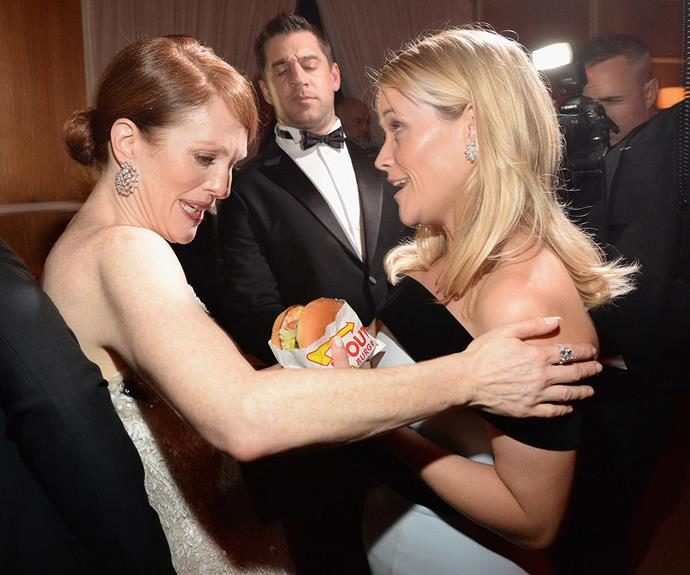 Julianne Moore wants to know where Reese Witherspoon got her burger from!