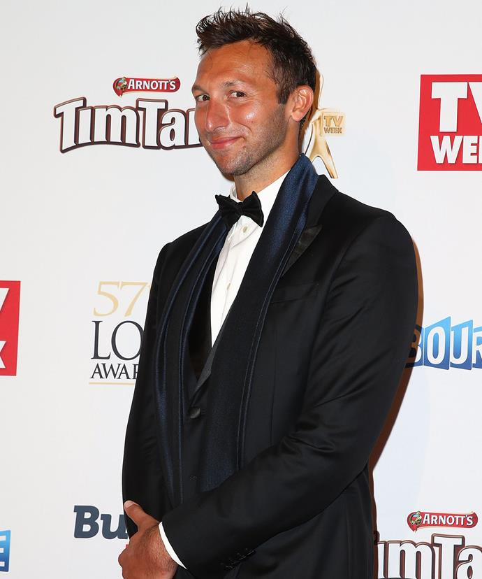 Not off to a swimming start!  Olympic legend Ian Thorpe wasn't too impressed when he was approached by the 78-year-old grandma on the Logies red carpet.