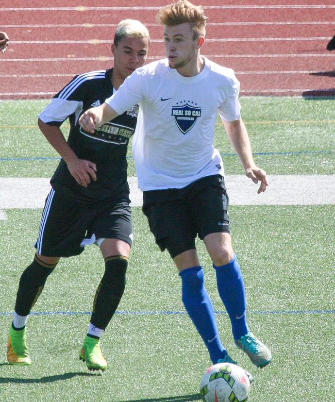 Soccer player Chester Castellaw in action playing with youth soccer club Real So Cal