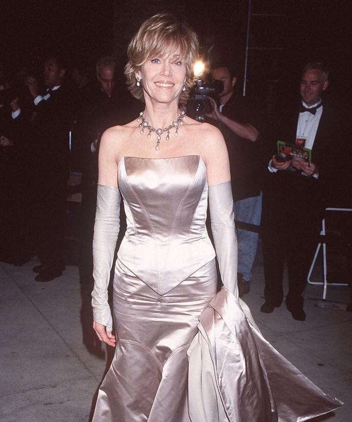 Jane Fonda in THAT 2000 Academy Awards dress.