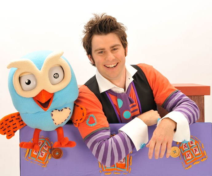 The star will have surely have no trouble keeping little Lenny entertained thanks to his role as Mr Giggle in *Giggle And Hoot*