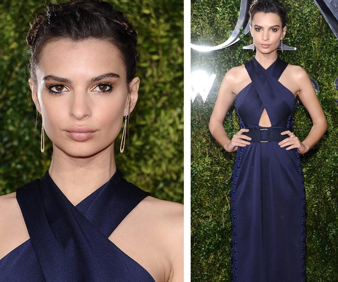 *Entourage* actress Emily Ratajkowski looked flawless in a criss-cross navy Marc Jacobs frock.