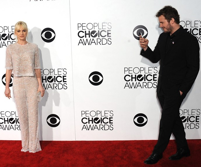 Look at Chris just casually admiring his wife while they rock the red carpet together. Talk about relationship goals.