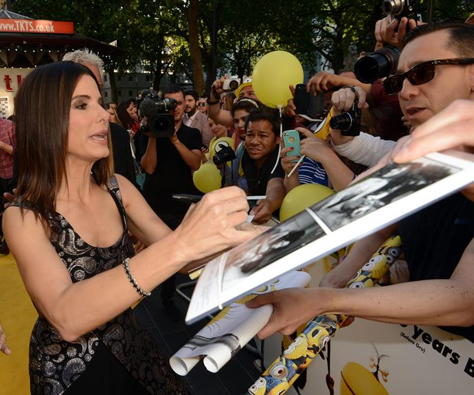 Hollywood's Miss Congeniality was more than happy to chat to fans and sign autographs.