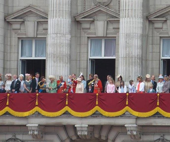 The royal family in its entirety! That's one way to celebrate the Queen's birthday!