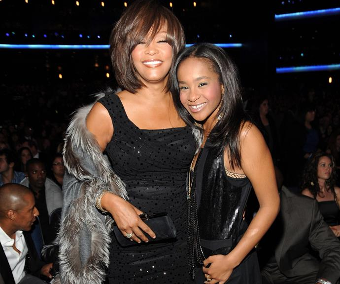 Bobbi poses with her mum Whitney at the 2009 American Music Awards.