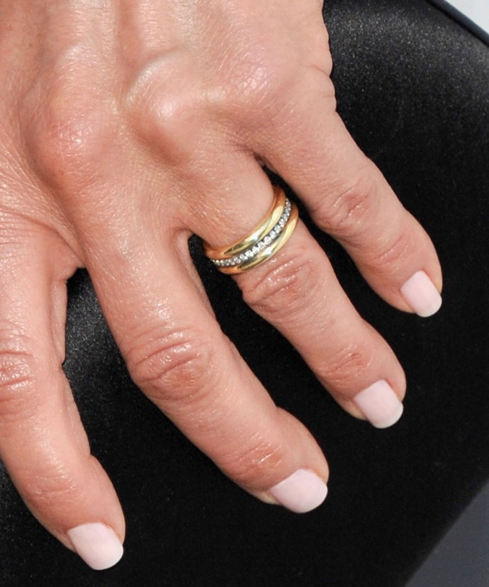 Simply stunning! Jennifer Aniston's understated and gorgeous wedding ring!