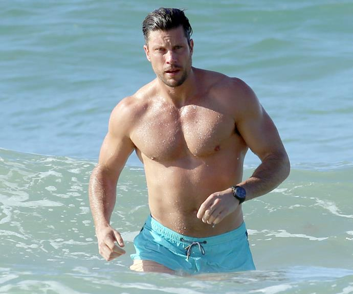 Sam Wood showed us why he is a Bachelor no more when he was spotted enjoying a spot of swimming at Byron Bay.