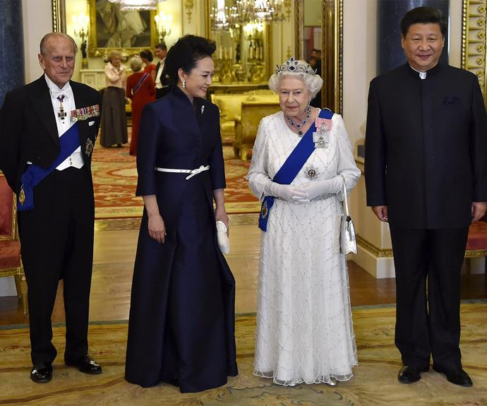 The Royals pose with the Chinese president and his wife