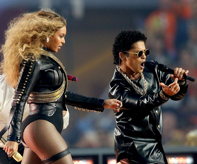 Beyonce, Bruno and Chris strutted down the stage together during the finale of the show.