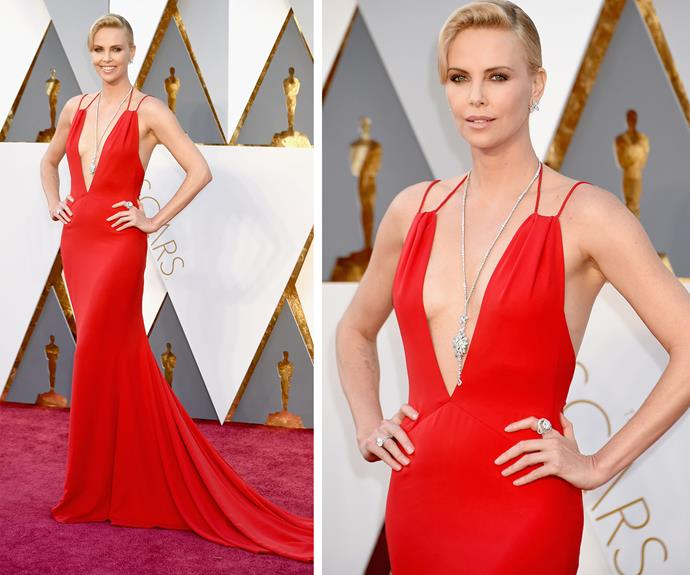 Charlize is in the house and she's looking smoking!
