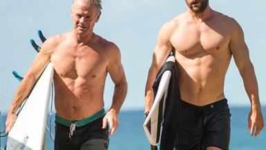 Chris Hemsworth and his dad enjoy a surf!