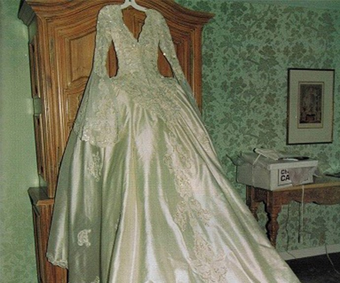 Here is Celine's dress in all its glory! Considering the pair tied the knot at the grand Notre-Dame Basilica in Montreal, Quebec, it's only fitting her ensemble was just as dramatic.