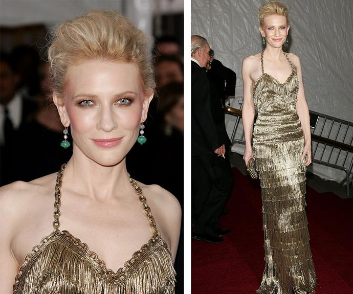 Aussie beauty, Cate Blanchett absolutely stole the red carpet of 2007, wearing a gold fringe gown by Balenciaga.